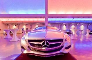 Autoausstellung im VCC Shedhalle