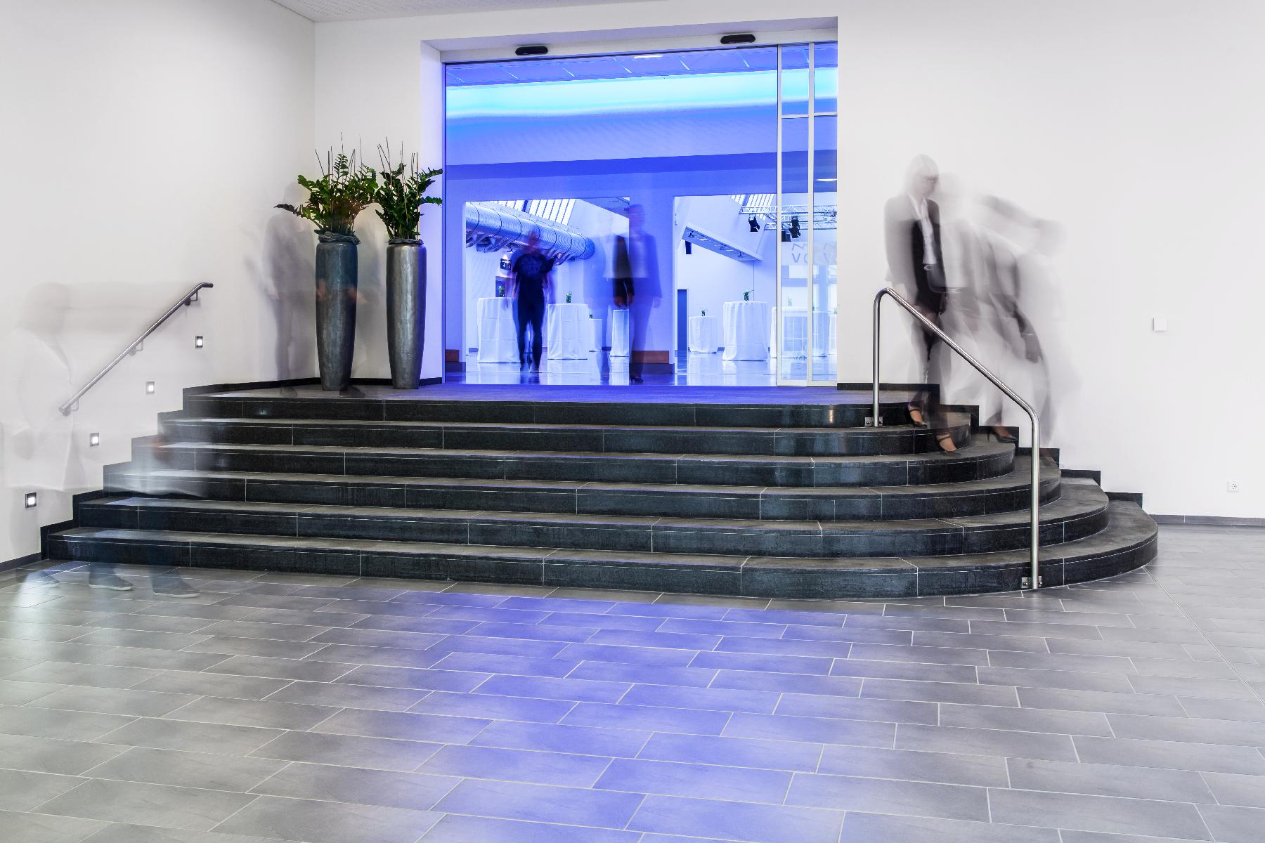 Foyer_West_05